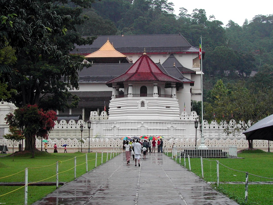 temple of tooth kandy