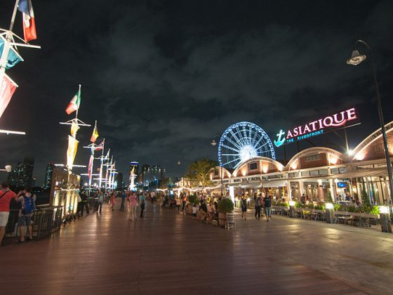 Asiatique   Image Credit - chee.hong, CC BY 2.0 Via Wikimedia Commons