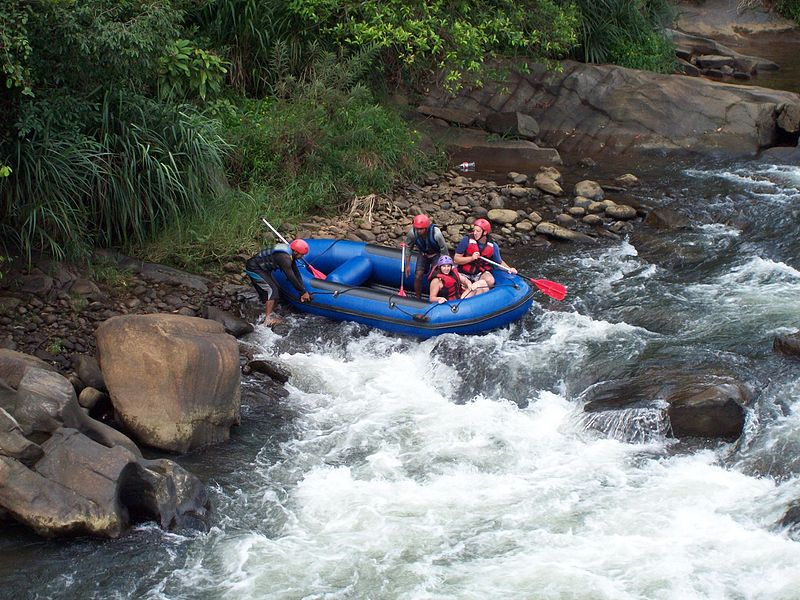 White Water Rafting | Image Credit - Pol van den Scheetek, CC BY 3.0 Via Wikimedia Commons