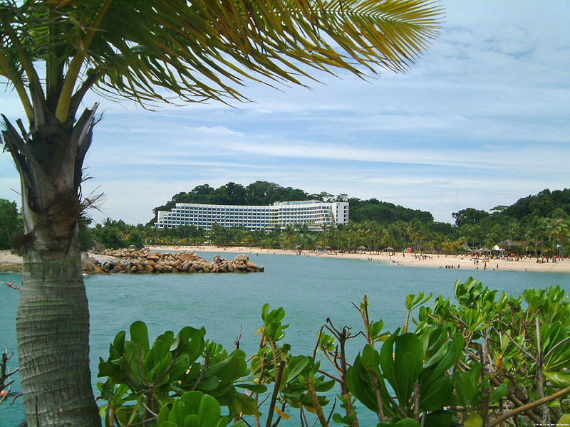 Sentosa siloso beach | Image Credit - No machine-readable author provided. Calvin Teo assumed (based on copyright claims), CC BY-SA 2.5 Via Wikimedia Commons