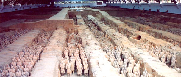 The terracotta army | Image Credit - anonymous, Guerriers Xian, CC BY-SA 3.0 Via Wikimedia Commons